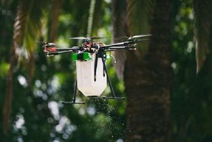 Dron se zařízením pro rozšiřování užitečných roztočů | Zdroj: Ausveg and Vegetables Australia