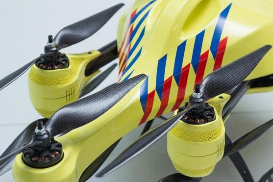 Ambulance Drone - dron pro záchranu životů | Zdroj: alecmomont.com