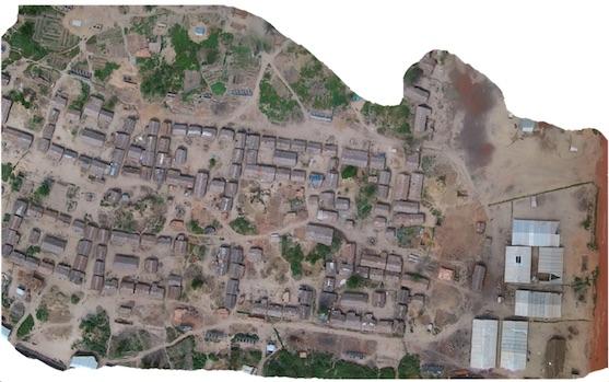 Mozaika uprchlického tábora | Zdroj: irevolution.net - Matt Schroyer