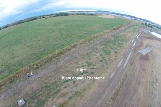 Místo dopadu kvadrokoptéry DJI Phantom 2 Vision + | Zdroj: droncentrum