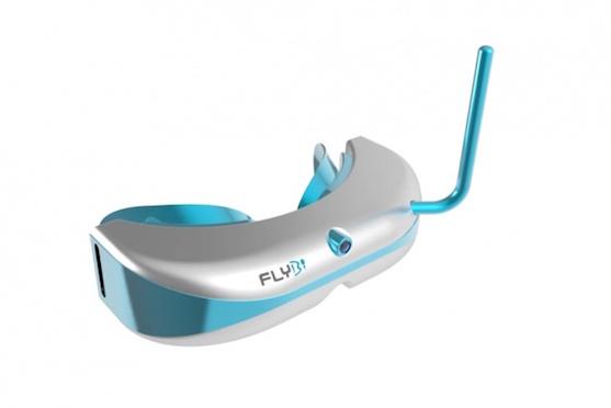 Brýle pro virtuální realitu se snímačem pohybu | Zdroj: flybi.co