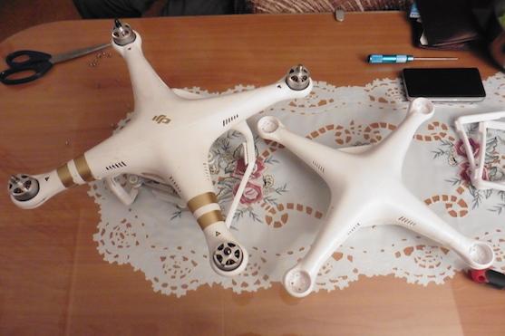 Opravovaná kvadrokoptéra DJI Phantom 3 Professional | Zdroj: droncentrum