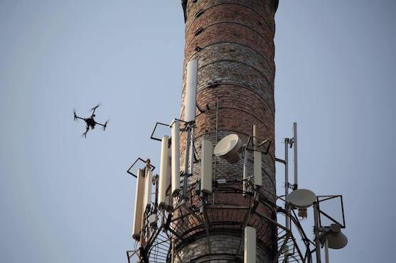 Drony na Ukrajině pomáhají stavět mobilní sítě | Zdroj: facebook.com - DroneUA