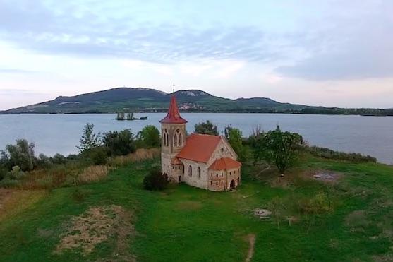 Kostel svatého Linharta | Zdroj: droncentrum