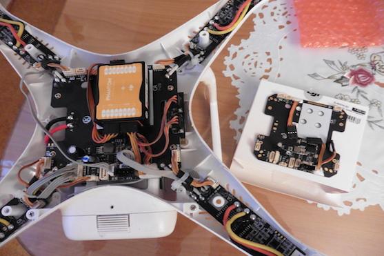 Výměna LED & MC desky | Zdroj: droncentrum