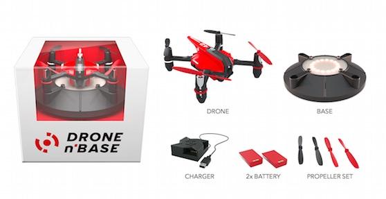 Obsah balení Drone n Base | Zdroj: dronenbase.com