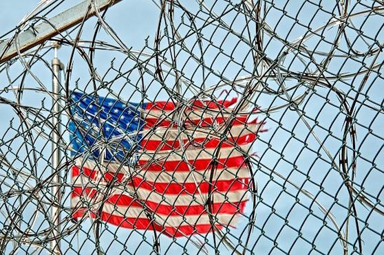 Američané hledají způsob, Jak pilotům překazit pašování zboží do věznic | Zdroj: pixabay.com