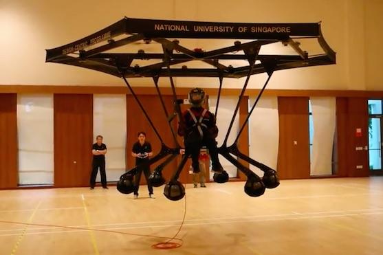 Dron Snowstorm, který zvládne unést dospělého člověka | Zdroj: video