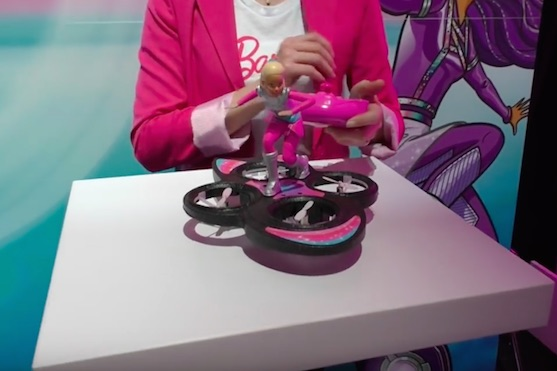 Barbie dron | Zdroj: video