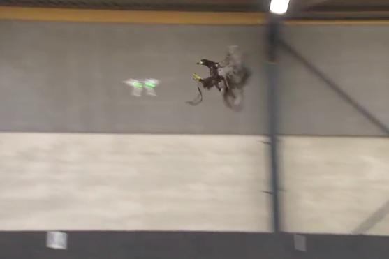 Orel při útoku na dron | Zdroj: video